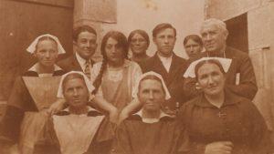 famille Lestrohan, Léon à dte, JM à Gche