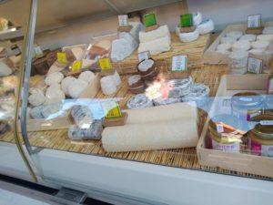 fromages au marché de Carnac